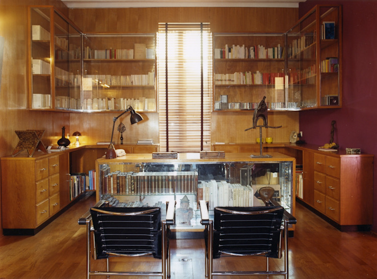 Estudios y despachos de estilo moderno de Agence d'architecture intérieure Laurence Faure Moderno