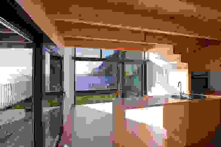 Cozinha_Vista mar Hotéis modernos por Mayer & Selders Arquitectura Moderno
