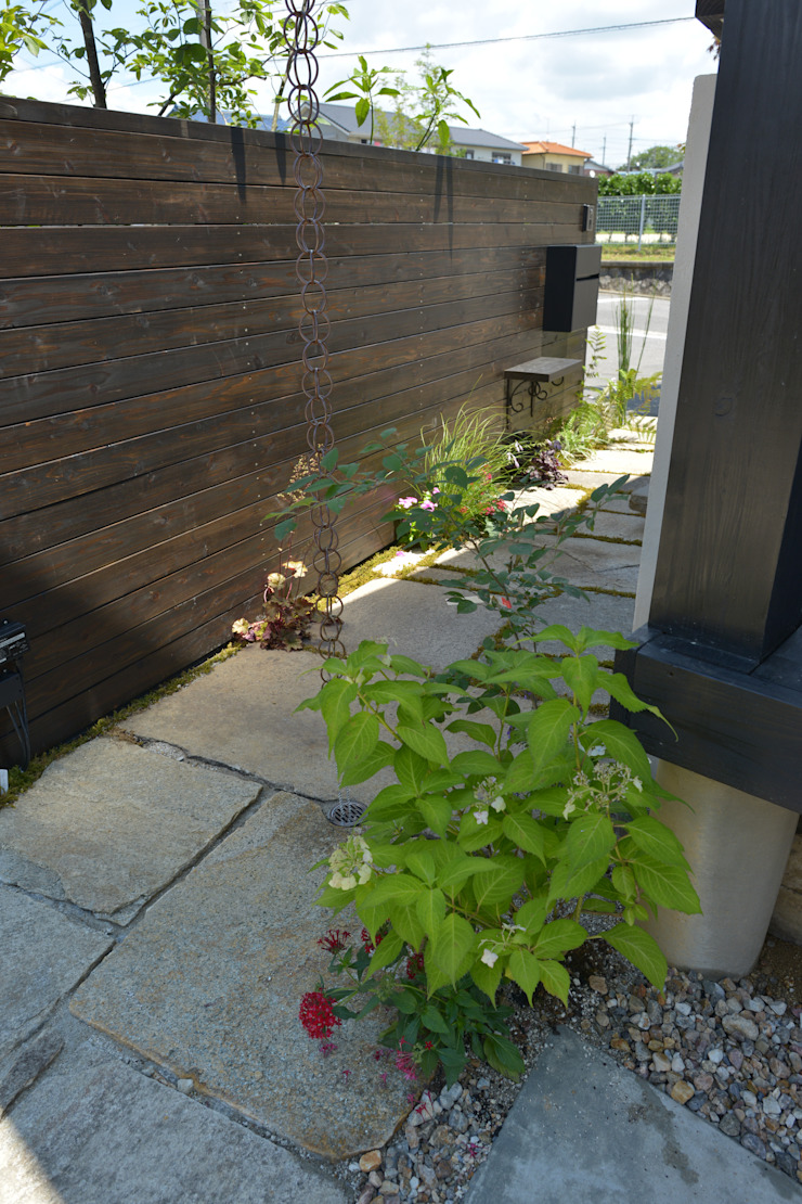 T's Garden Square Co.,Ltd. Asian style houses Stone Wood effect