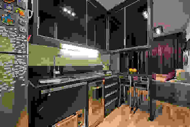 Кухня в стиле модерн от Karin Brenner Arquitetura e Engenharia Модерн