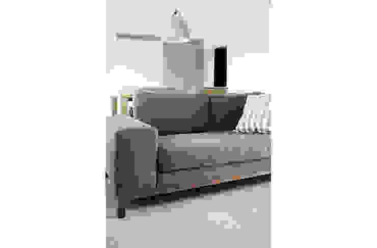 RIVERVALE DRIVE Scandinavian style living room by Eightytwo Pte Ltd Scandinavian