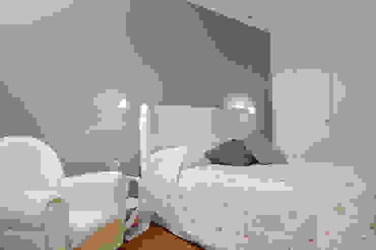 stile in bianco Camera da letto minimalista di studio ferlazzo natoli Minimalista