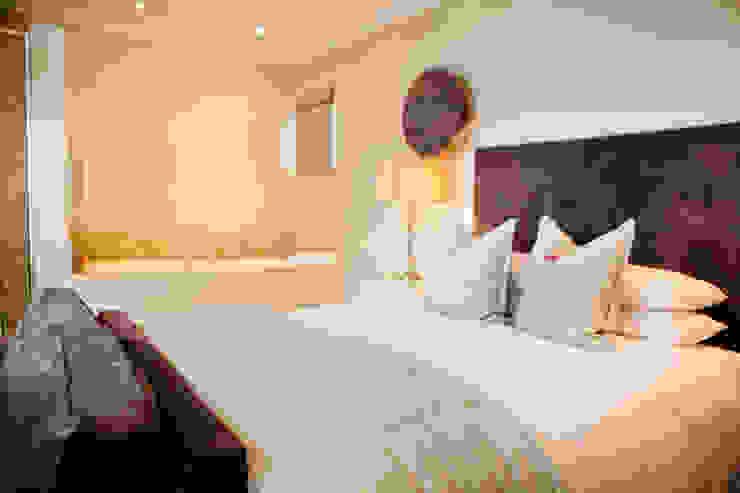 Margaret Berichon Design Hotels Wood Grey