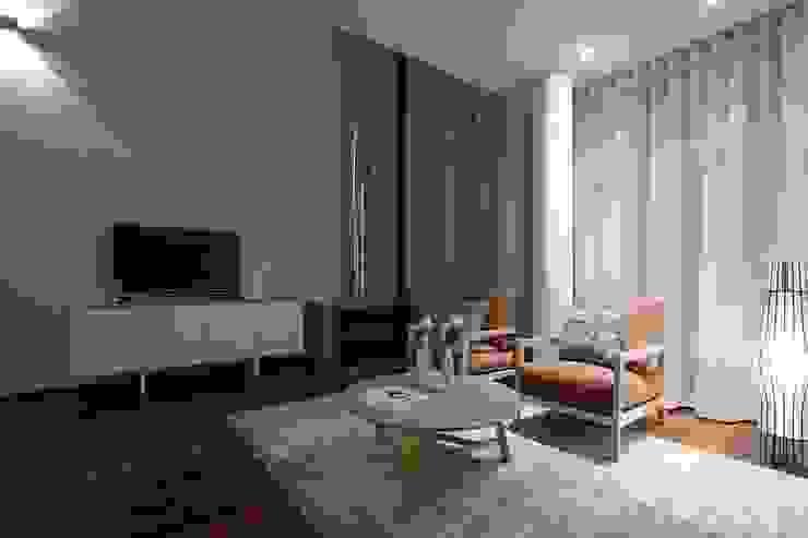 TROIA RESORT – ATLÂNTIC VILAS por Tralhão Design Center Moderno