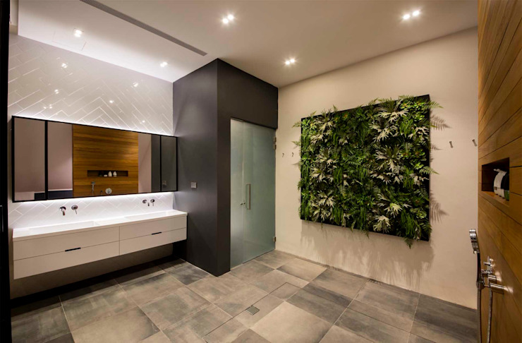 Eightytwo 現代浴室設計點子、靈感&圖片