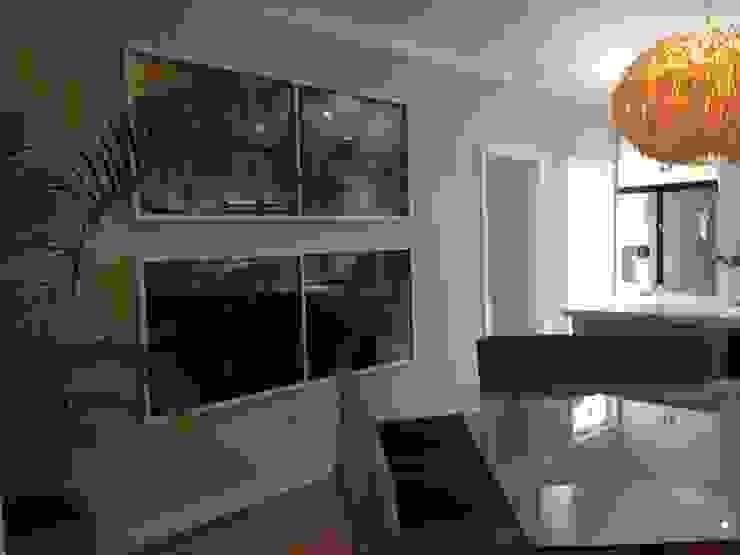 Comedores de estilo clásico de Margaret Berichon Design Clásico Vidrio