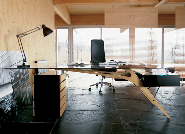 Mobiliário de escritório para casa Office furniture for home www.intense-mobiliario.com Secretária, Desk SCRIVANIA Design by Carlo Mollino http://intense-mobiliario.com/pt/secretarias/10211-secretaria-scrivania.html por Intense mobiliário e interiores; Moderno