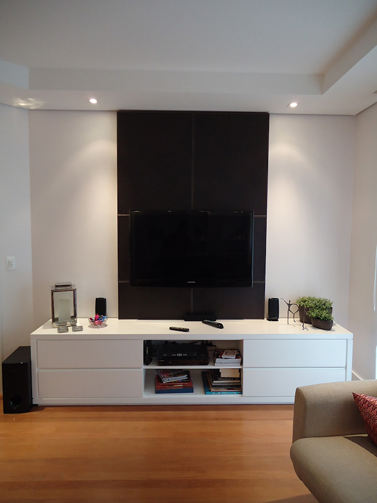 Modern style media rooms by Nice De Cara Arquitetura Modern