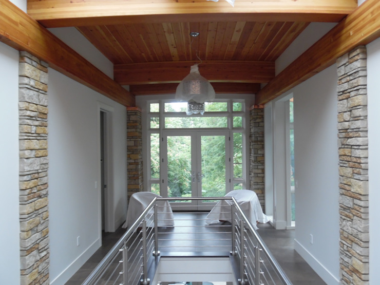 Forest Beach Residence Modern Corridor, Hallway and Staircase by Allegretti Architects Modern