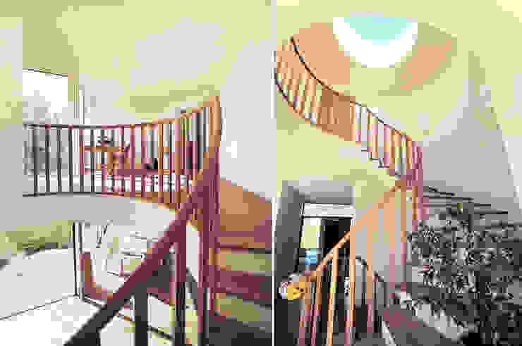 Modern Corridor, Hallway and Staircase by WSM ARCHITEKTEN Modern