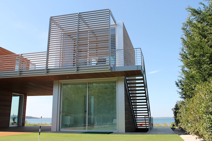 Floating Steps of Beauty in Long Island EeStairs | Stairs and balustrades Minimalist house Metal
