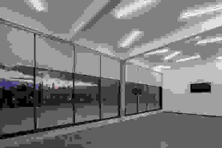Cosmopolitan Cuernavaca Gimnasios domésticos modernos de PHia Moderno