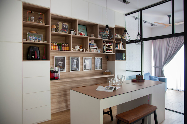 BOATHOUSE RESIDENCES Scandinavian style dining room by Eightytwo Pte Ltd Scandinavian
