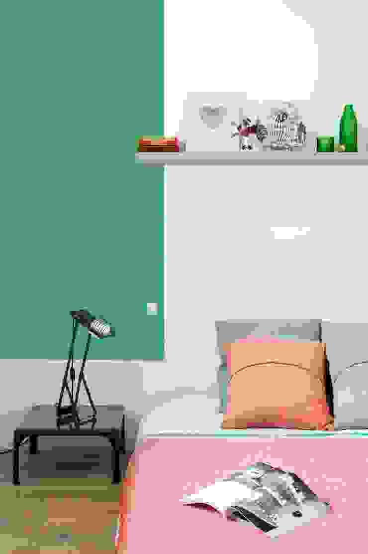 Scandinavian style bedroom by Egue y Seta Scandinavian