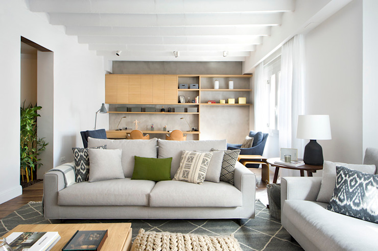 Living room by Egue y Seta, Mediterranean