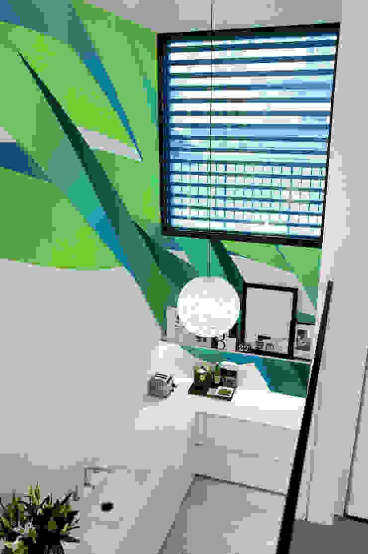 Neon Green Power Pixers Kitchen