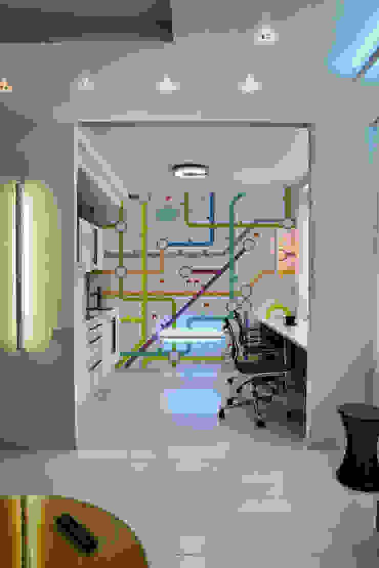 Underground Map Pixers Modern Kitchen
