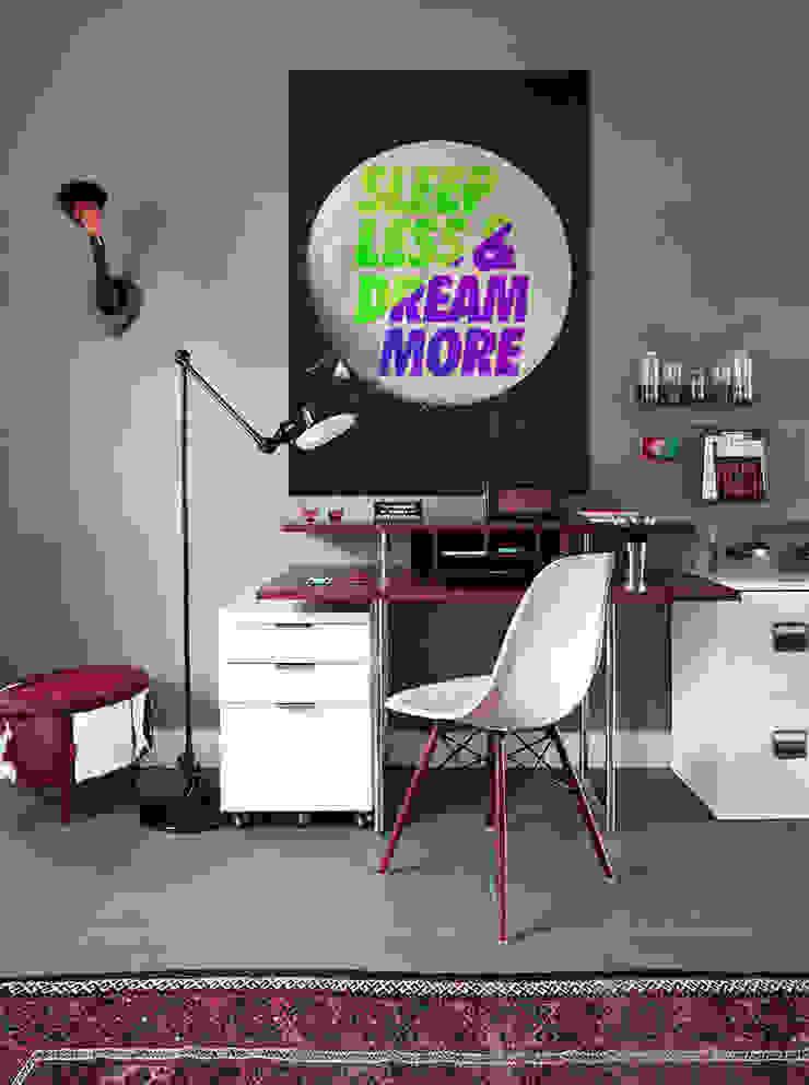 Sleep Less Oficinas y bibliotecas de estilo moderno de Pixers Moderno