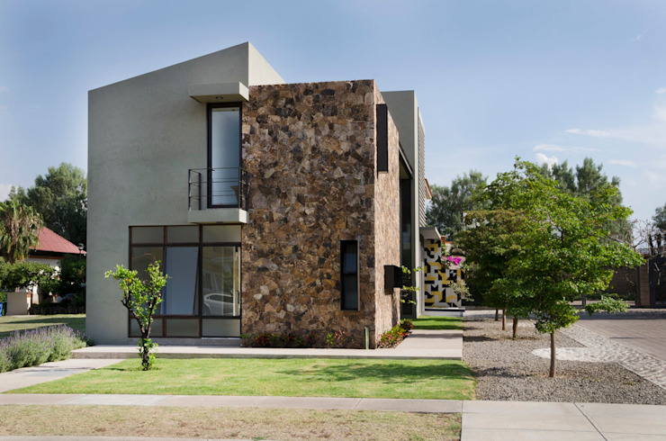 Дома в стиле модерн от VMArquitectura Модерн Бетон