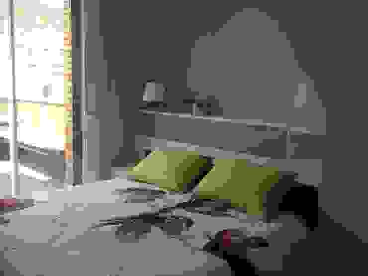 Dormitorio Cuartos de estilo moderno de CLAU21 INTERIORISMO Y CONSTRUCCIÓN Moderno Madera Acabado en madera