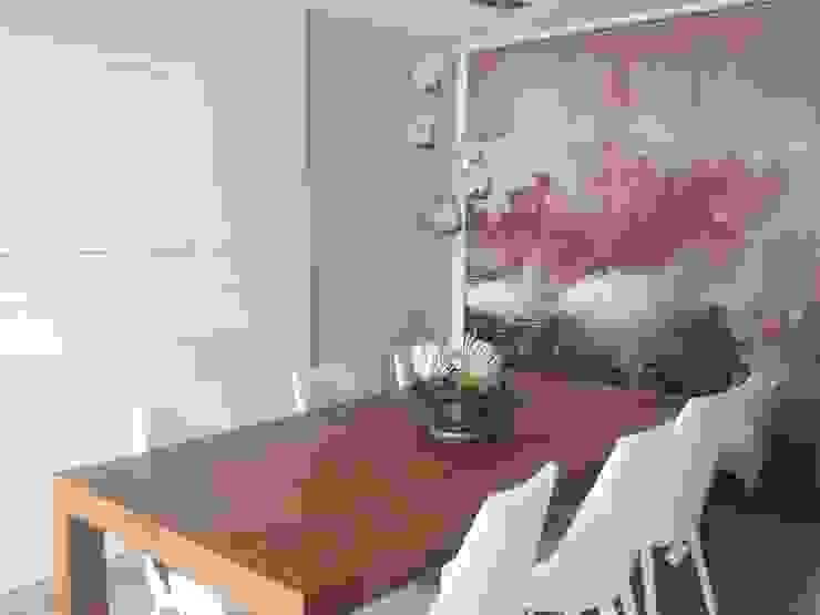 Comedores de estilo  por CLAU21 INTERIORISMO Y CONSTRUCCIÓN