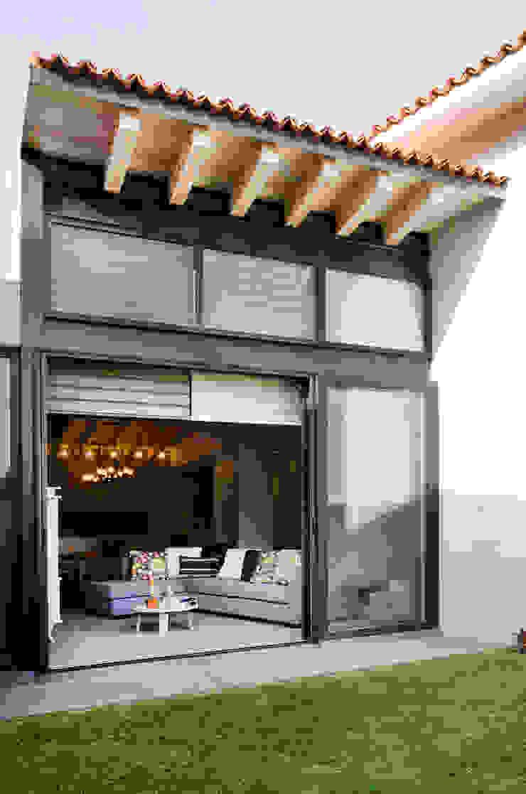 Casa Hornacina - VMArquitectura Casas modernas de VMArquitectura Moderno Concreto