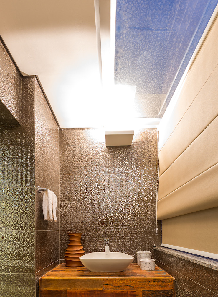 Modern Bathroom by Flaviane Pereira Modern Glass