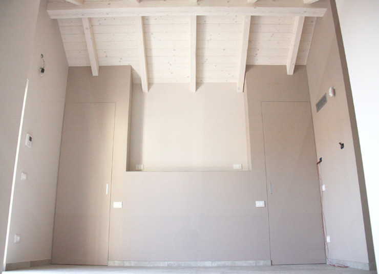 NICCHIA TESTATA LETTO Camera da letto moderna di Fabio Ricchezza architetto Moderno