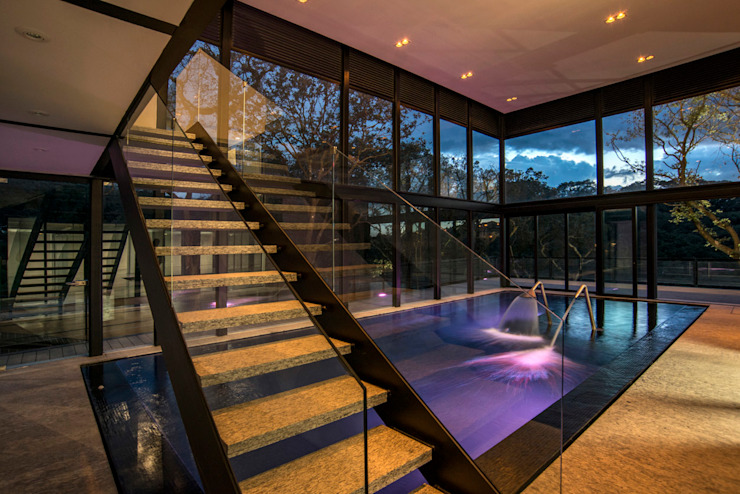 Real de Hacienda Albercas modernas de Sobrado + Ugalde Arquitectos Moderno