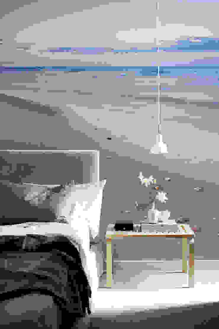 Beach Pixers Modern Bedroom Multicolored