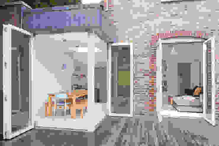 TE Residence Scandinavische huizen van deDraft Ltd Scandinavisch Stenen