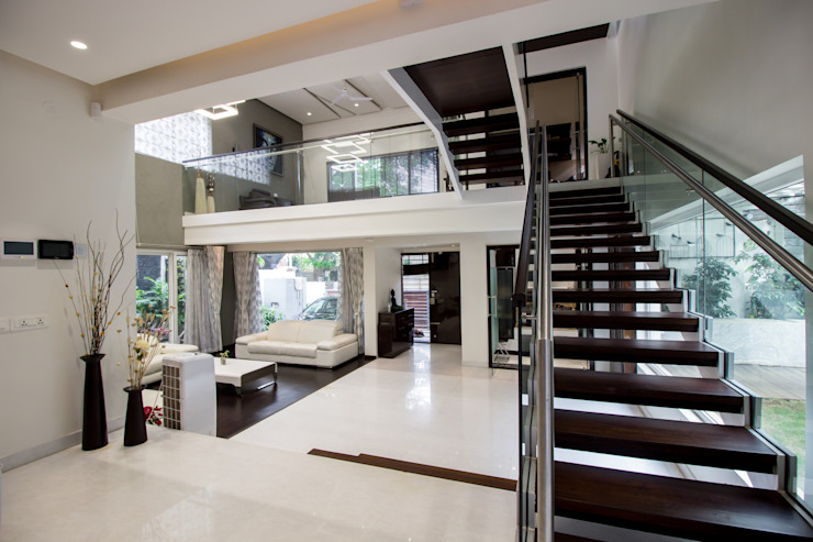 Contermporary Elegance Modern living room by A360architects Modern