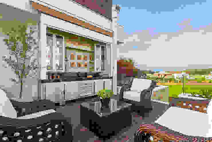 Balcones y terrazas de estilo moderno de Designer de Interiores e Paisagista Iara Kílaris Moderno
