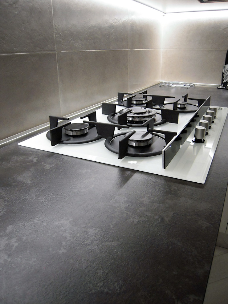 ARREDAMENTI VOLONGHI s.n.c. 廚房電器用品