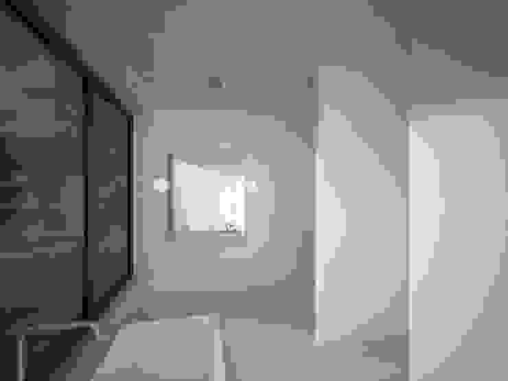 Woonhuis JWVRA Minimalistische badkamers van artisan architects Minimalistisch Beton