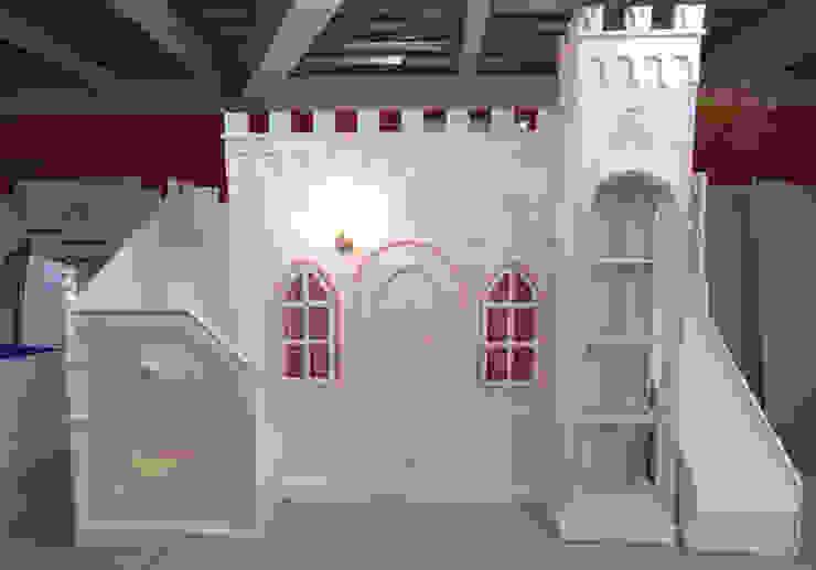 Impactante castillo Opulento de camas y literas infantiles kids world Clásico Derivados de madera Transparente