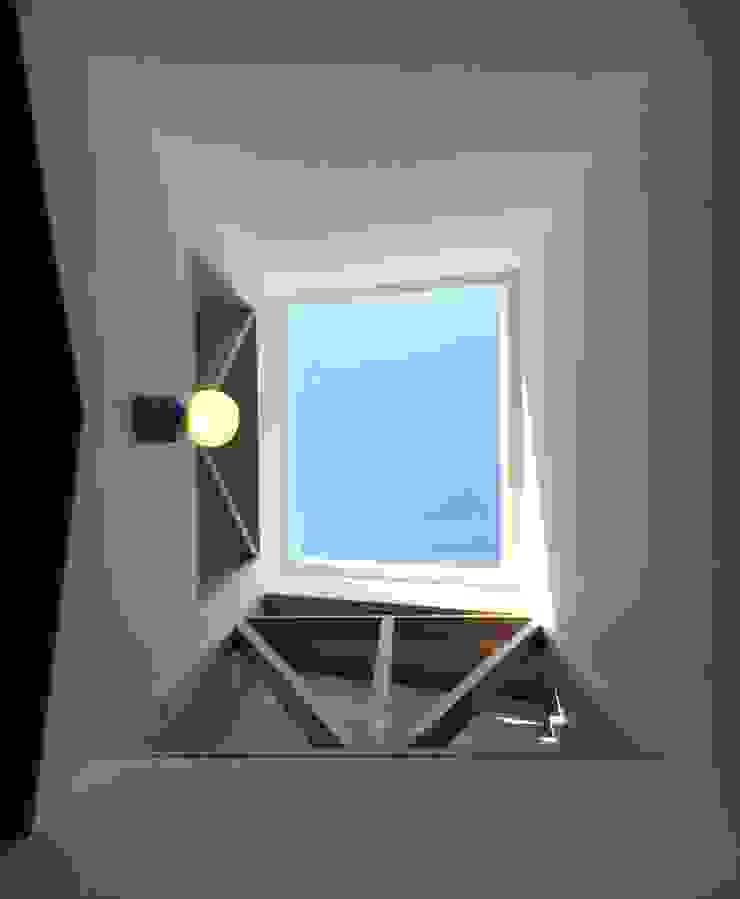 망원동 쌓은집 모던스타일 복도, 현관 & 계단 by 에이오에이 아키텍츠 건축사사무소 (aoa architects) 모던