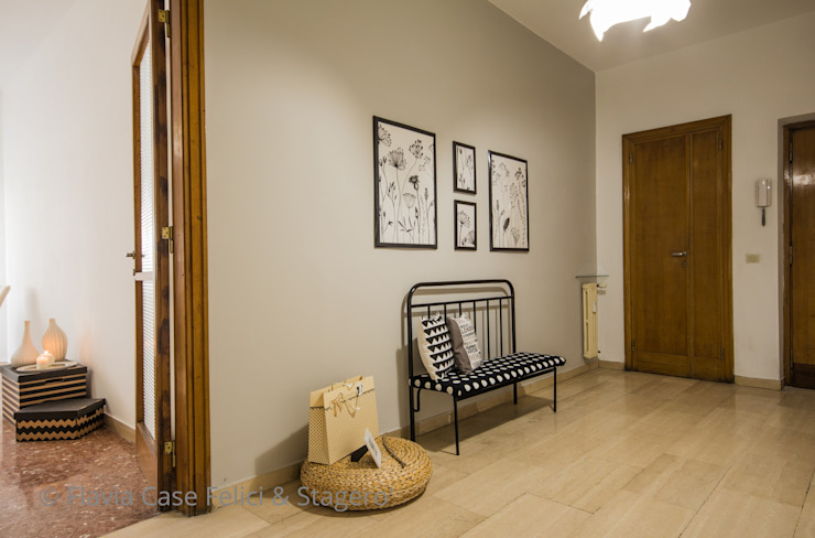 Flavia Case Felici Classic style corridor, hallway and stairs