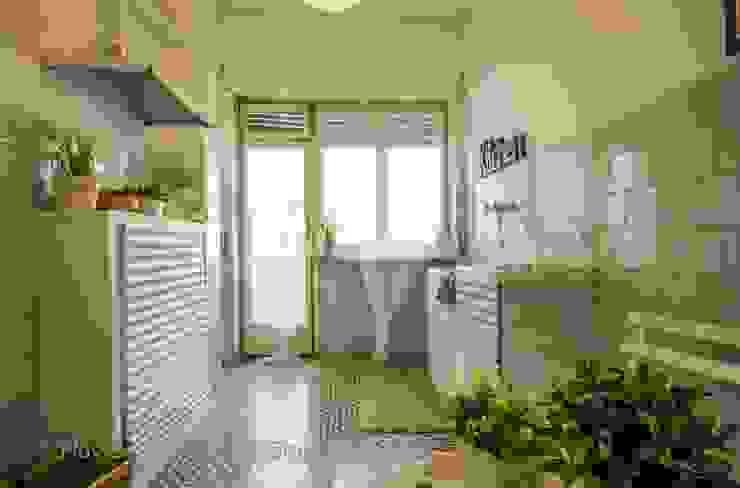 Home Staging a Ponte Milvio Cucina in stile classico di Flavia Case Felici Classico