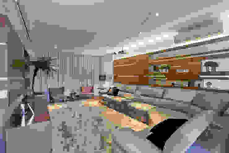 Salle multimédia moderne par Arquiteto Aquiles Nícolas Kílaris Moderne