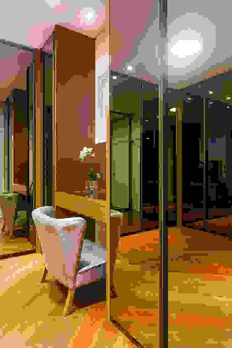 Dressing moderne par Arquiteto Aquiles Nícolas Kílaris Moderne