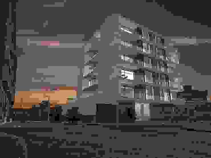 Edifício de Habitação colectiva - Varandas da Ria Casas modernas por José Vitória Arquitectura Moderno