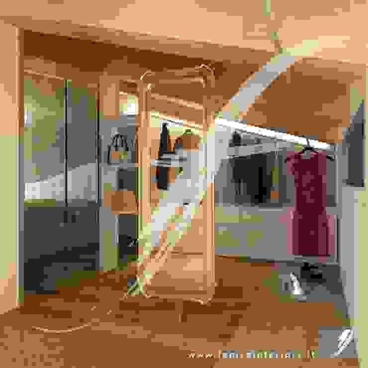 Villa AP Spogliatoio moderno di Fenice Interiors Moderno