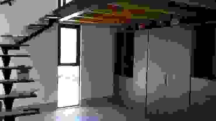 CASA NOGAL Dormitorios modernos de bandella arquitectura Moderno