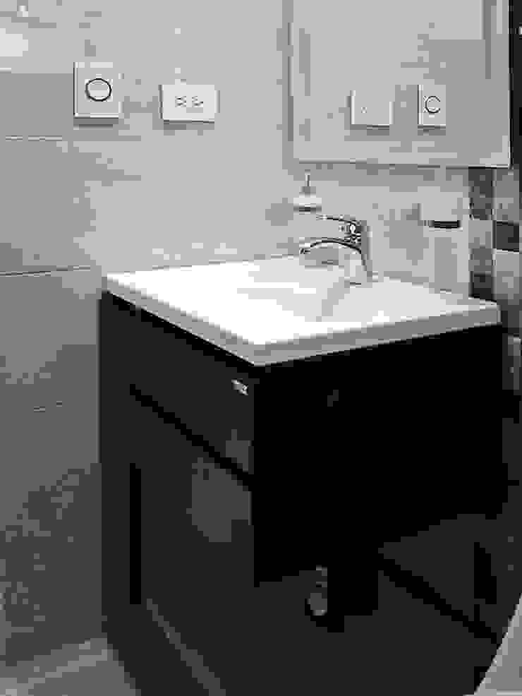 Remodelación baño Baños de estilo moderno de Remodelar Proyectos Integrales Moderno Tablero DM