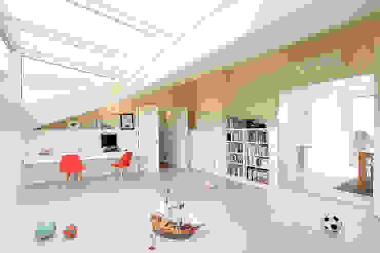 Remodelação T5 Picoas Escritórios modernos por BL Design Arquitectura e Interiores Moderno