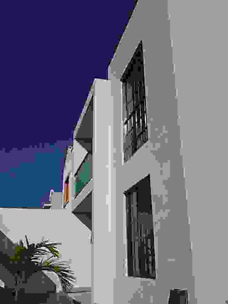 fachada Casas modernas de Base cubica Arquitectos Moderno
