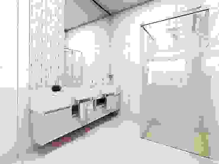 Bathroom by Lozí - Projeto e Obra, Minimalist