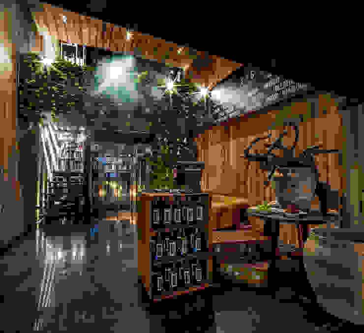 Salones de estilo ecléctico de PASQUINEL Studio Ecléctico