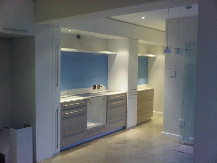 Gallery / Work in Progress Modern kitchen by DRIFTWOOD INTERIORS & EXTERIORS Modern